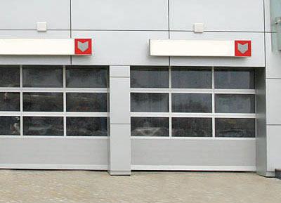 Panoramatická prosklená vrata