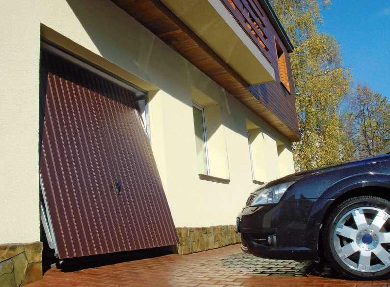 Výklopná garážová vrata